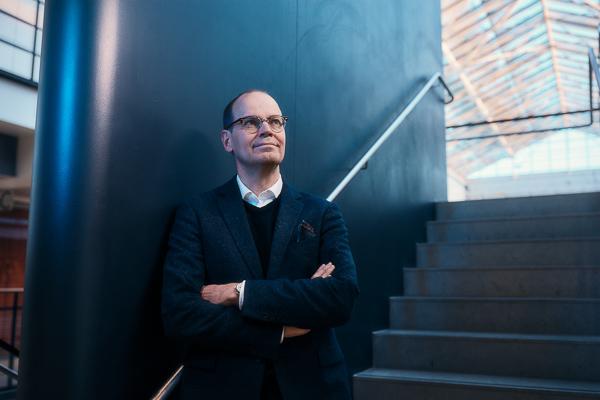 Eero Castrén, Academy Professor